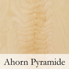 Ahorn Pyramide