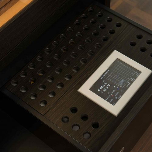 Touch Panel Number One » GERBER Humidor