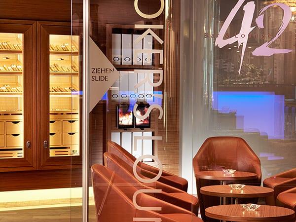 Cigar Lounge Hotel GERBER Humidor